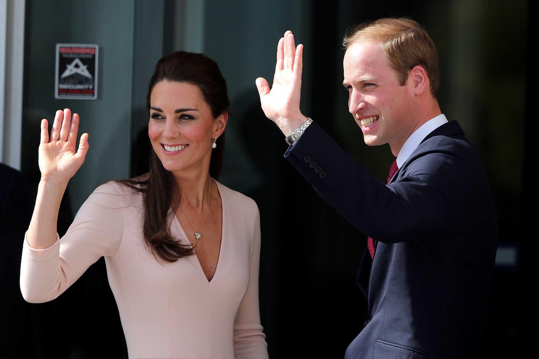 Rainha Isabel II não aprovou casamento de Kate e William