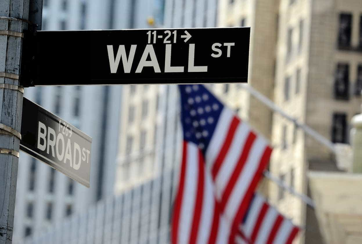 Wall Street segue em alta à espera dos resultados da reunião da Fed