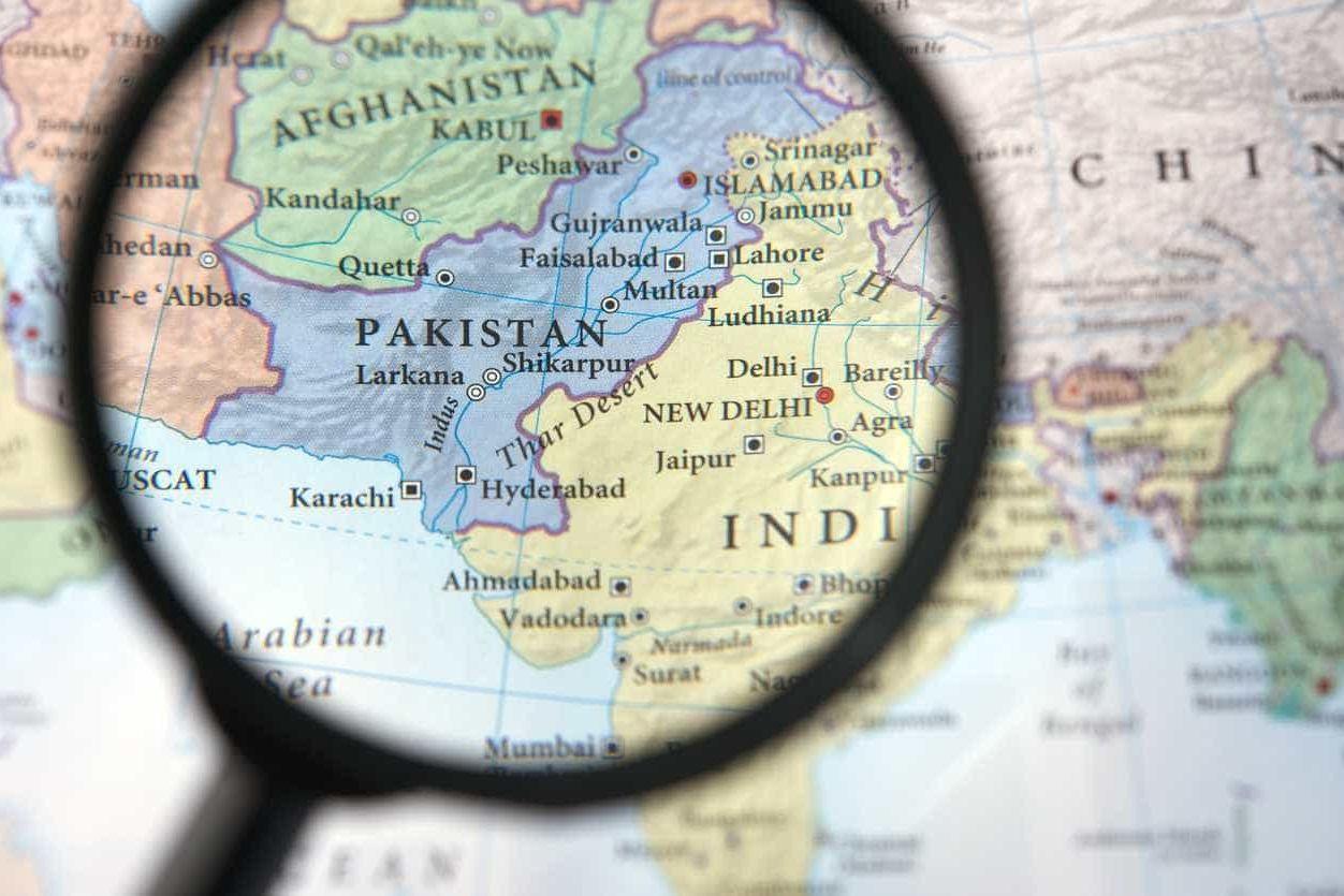 Paquistão diz ter abatido dois aviões indianos dentro do seu espaço áereo