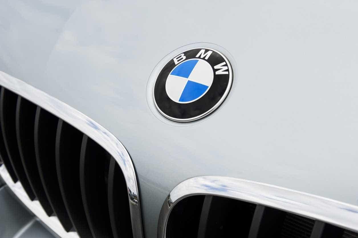 Lucro da BMW recua 16,9% em 2018 para 7.207 milhões