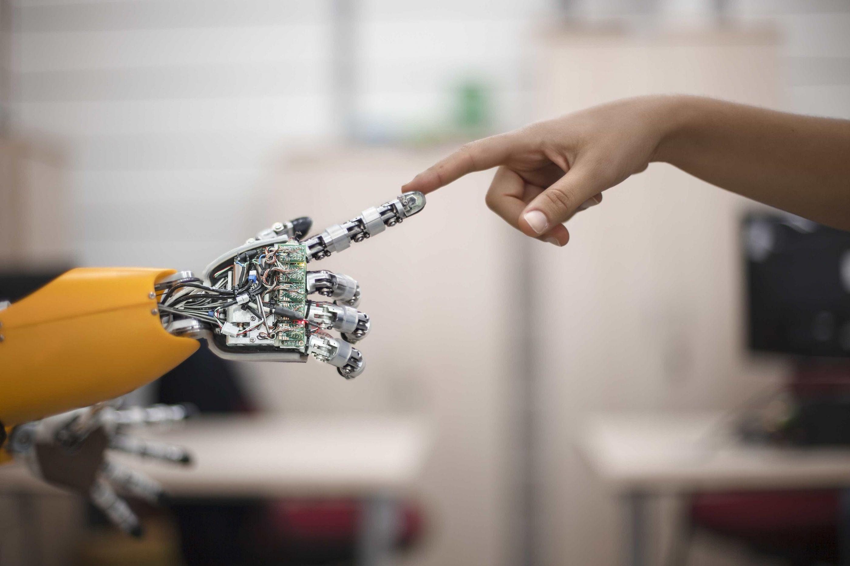 Japão quer robôs nas salas de aulas para ensinar inglês
