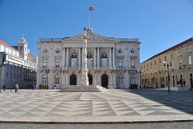 Lisboa equaciona aumentar restrição a veículos poluentes no centro