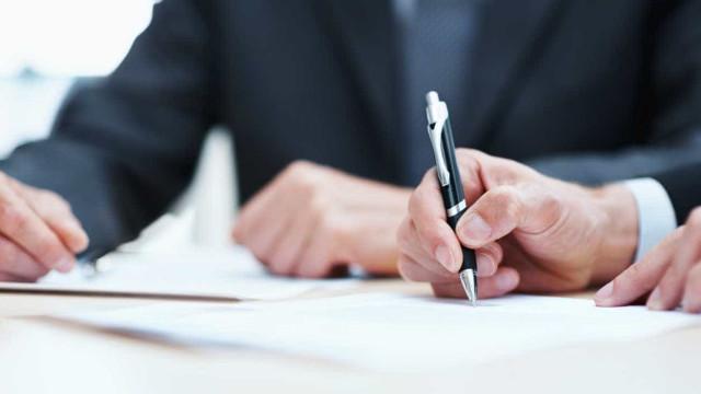 Mais de 10 mil subscrevem petição para impedir acesso do Fisco a dados