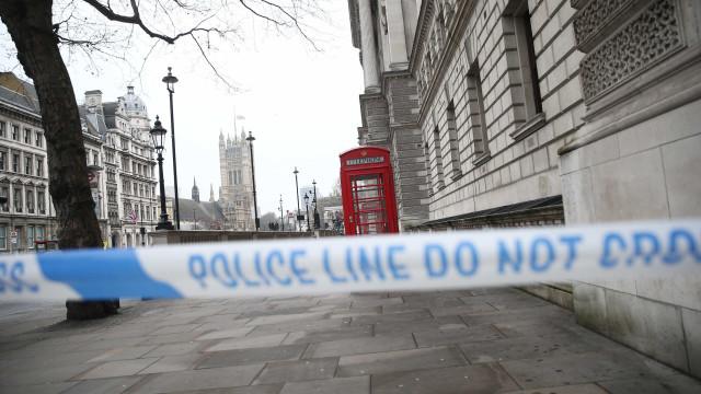 Adolescente de 15 anos detida por matar recém-nascido no Reino Unido