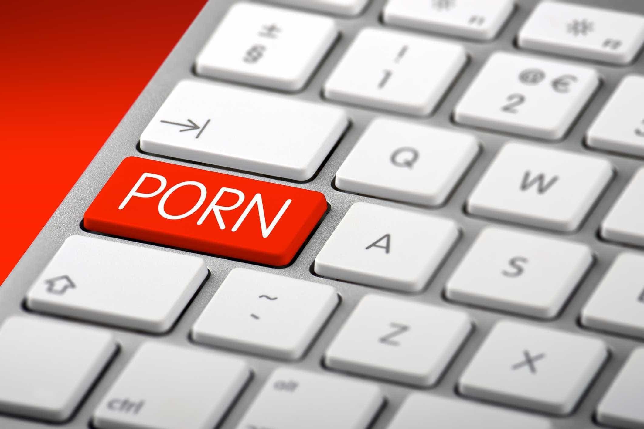 Mail de Universidade de São Paulo enviou alunos para site pornográfico
