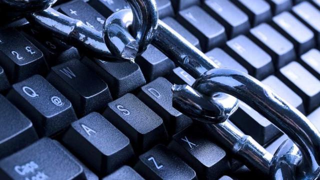 Como detetar um site bancário falso