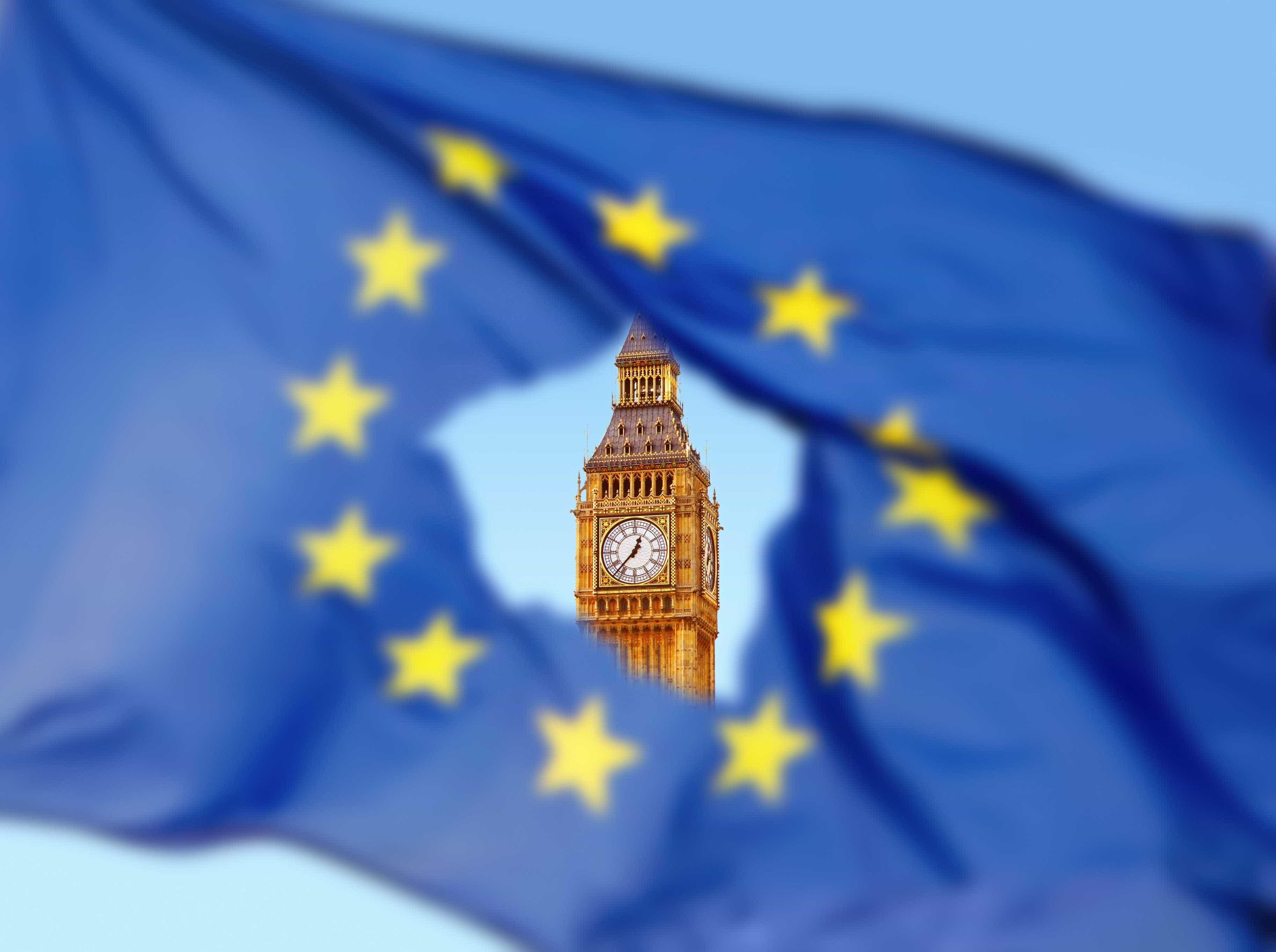 Brexit: Londres suprime temporariamente taxas a importações