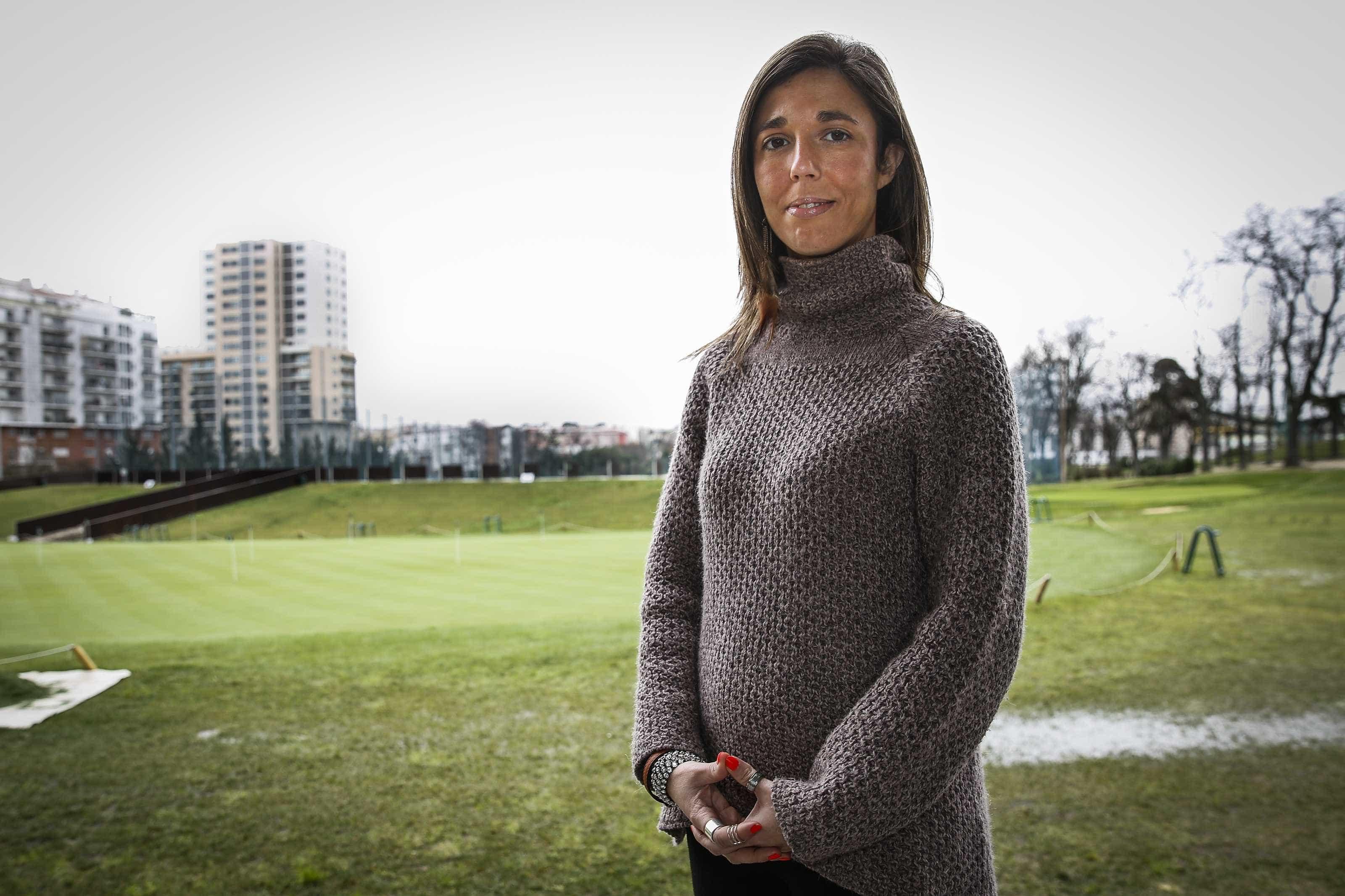 """""""Há prioridades. Pelos vistos, em Portugal é a banca"""", critica bastonária"""