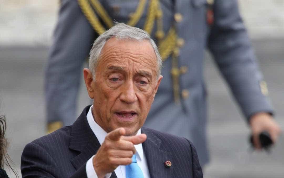 """Familiares no Governo? Marcelo responde a Cavaco com """"facto histórico"""""""