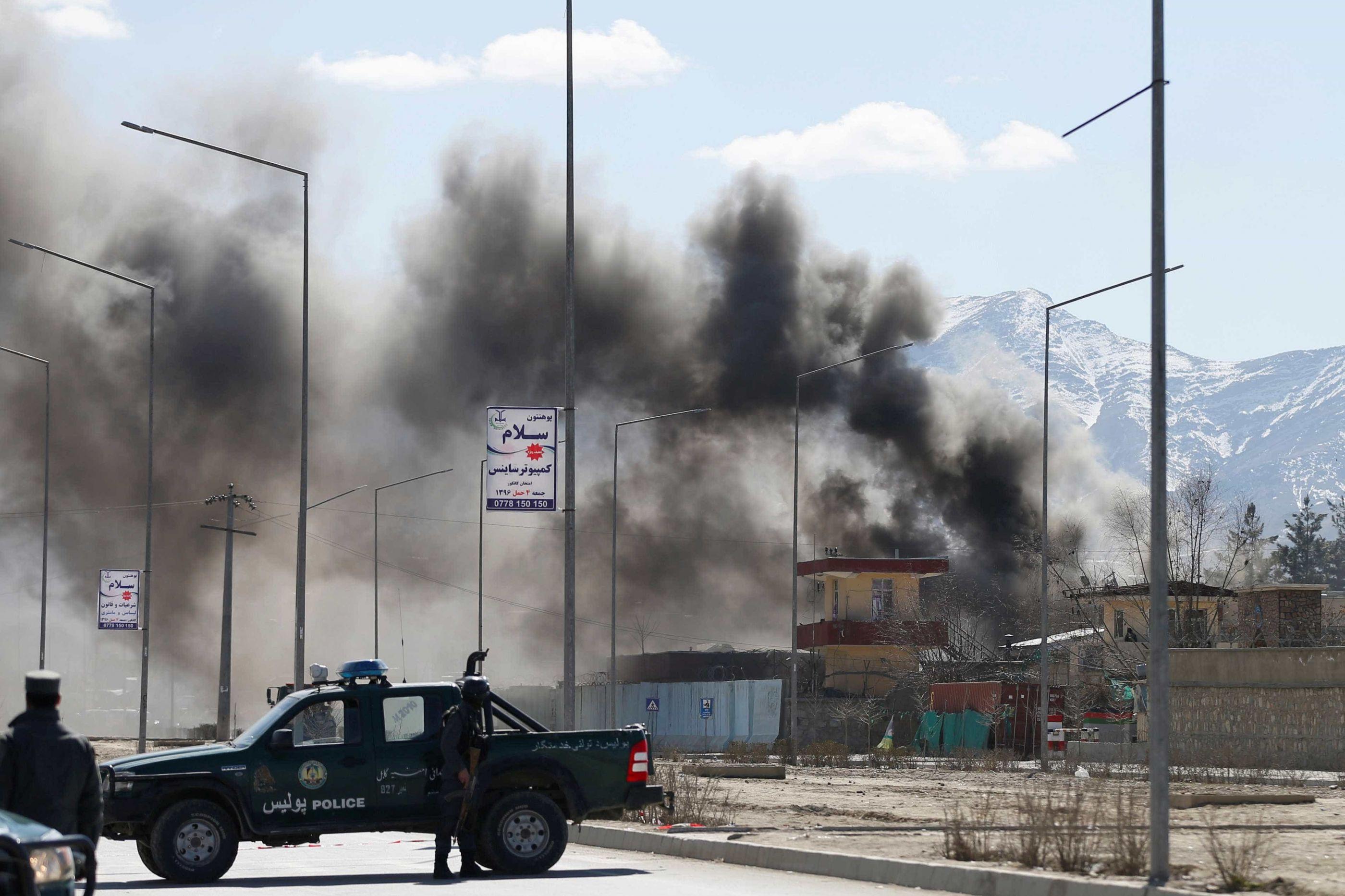 Atentado mata três soldados dos EUA e um civil no Afeganistão