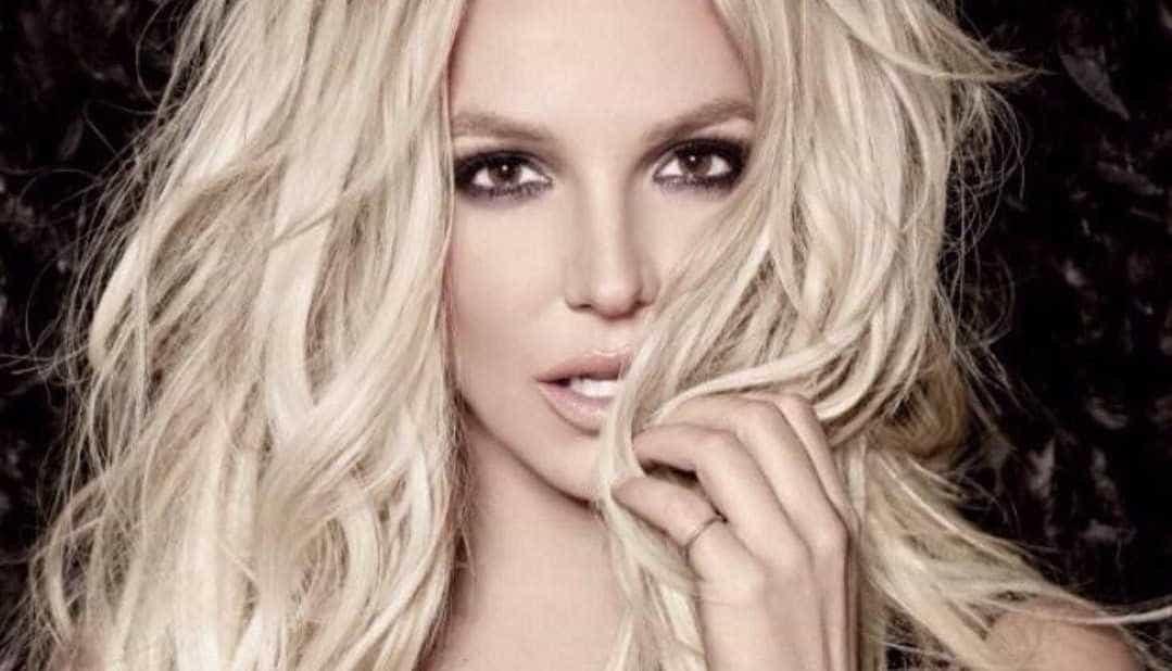 Britney Spears internada em clínica de saúde mental