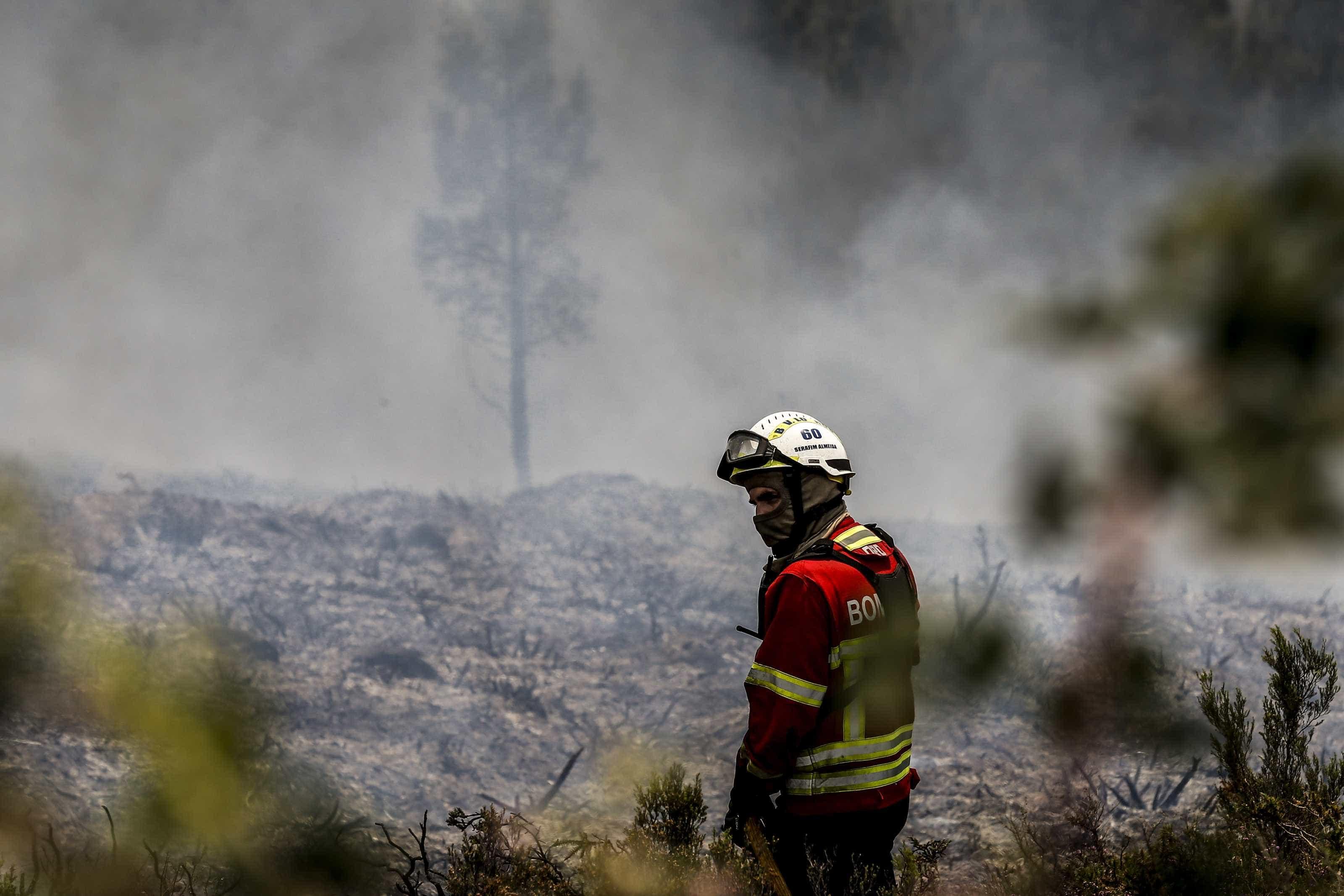 Risco máximo de incêndio em 60 concelhos de 11 distritos do continente