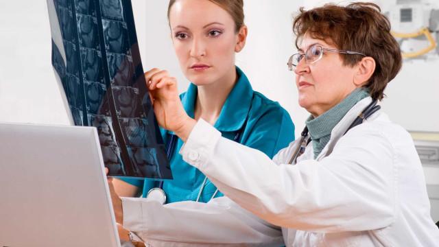 """Diploma da carreira dos técnicos de diagnóstico é classificado como """"mau"""""""