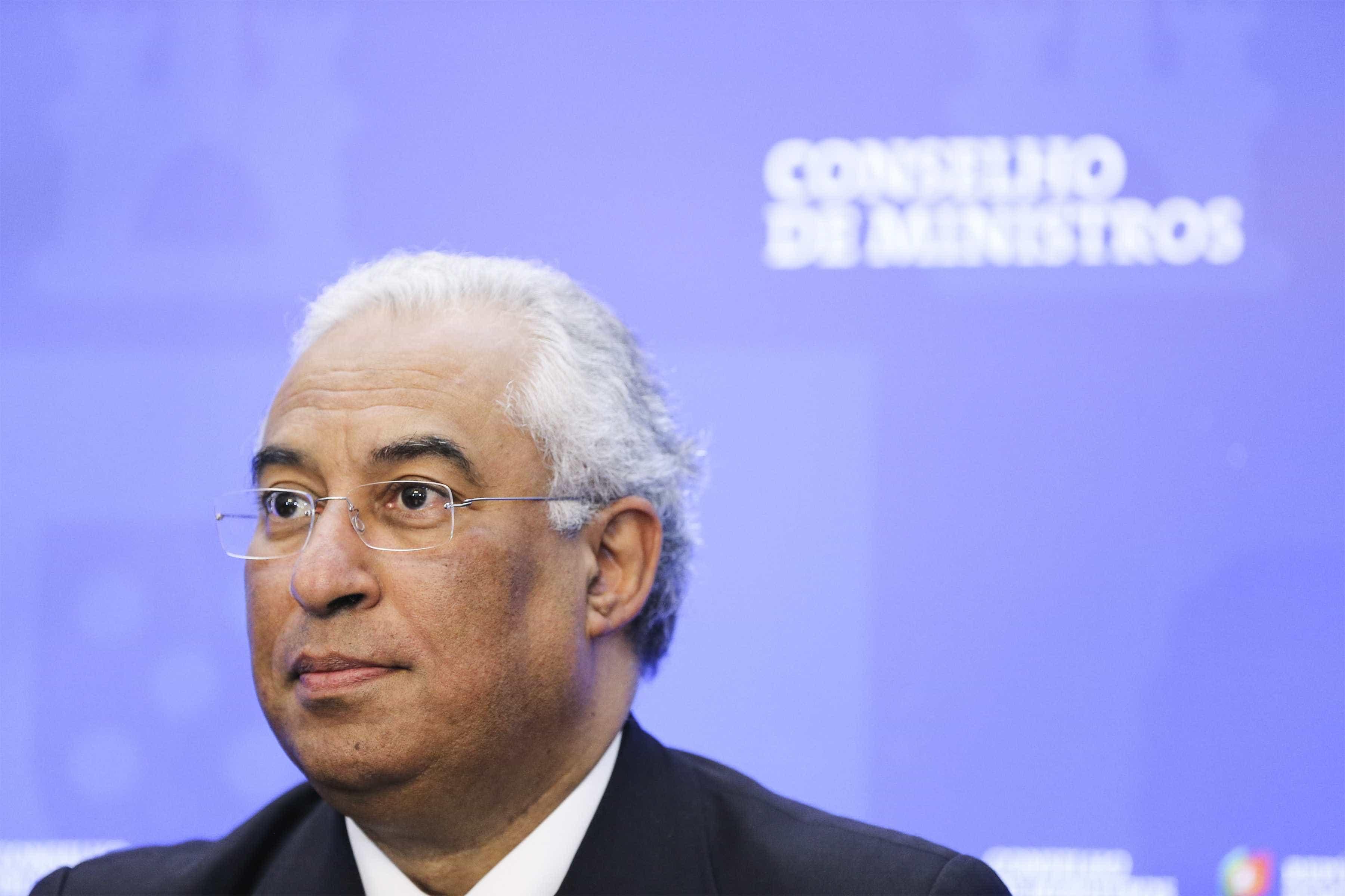 """Governo voltará a aprovar decreto '2-9-18' para """"não prejudicar"""" docentes"""