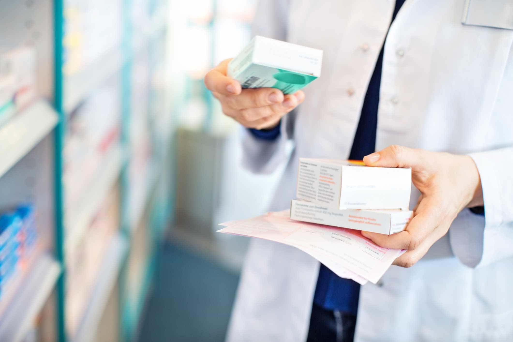 Fecharam 150 farmácias no ano passado mas foram autorizadas 200 novas