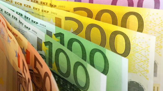 Excedente sobe para 1.301 milhões até fevereiro, melhora 1.032 milhões