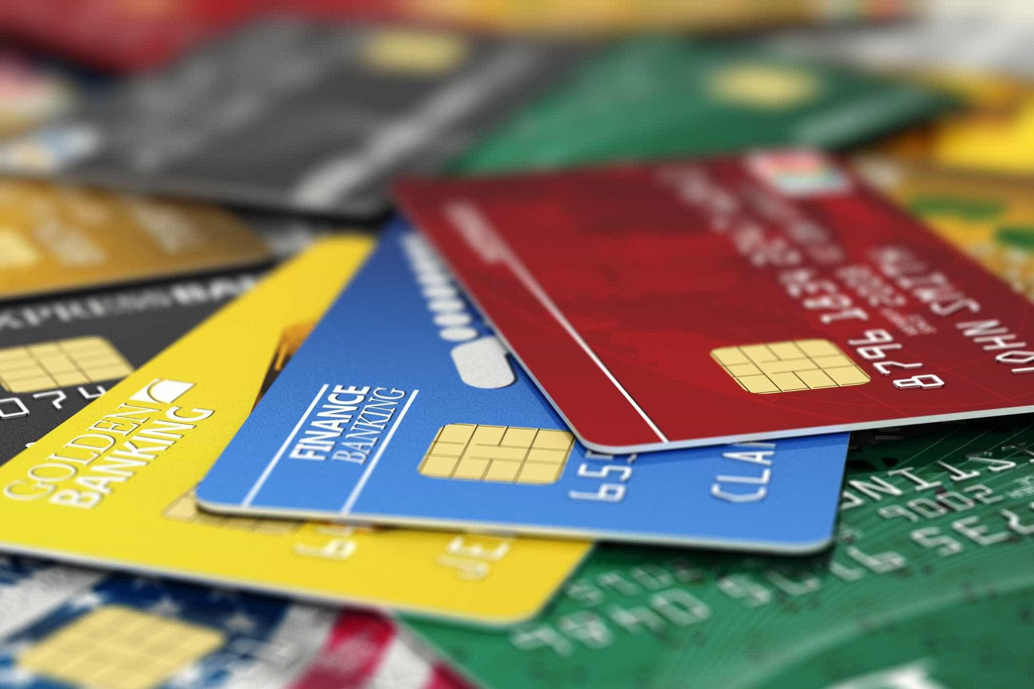 O que deve ter em conta na escolha de um cartão de crédito
