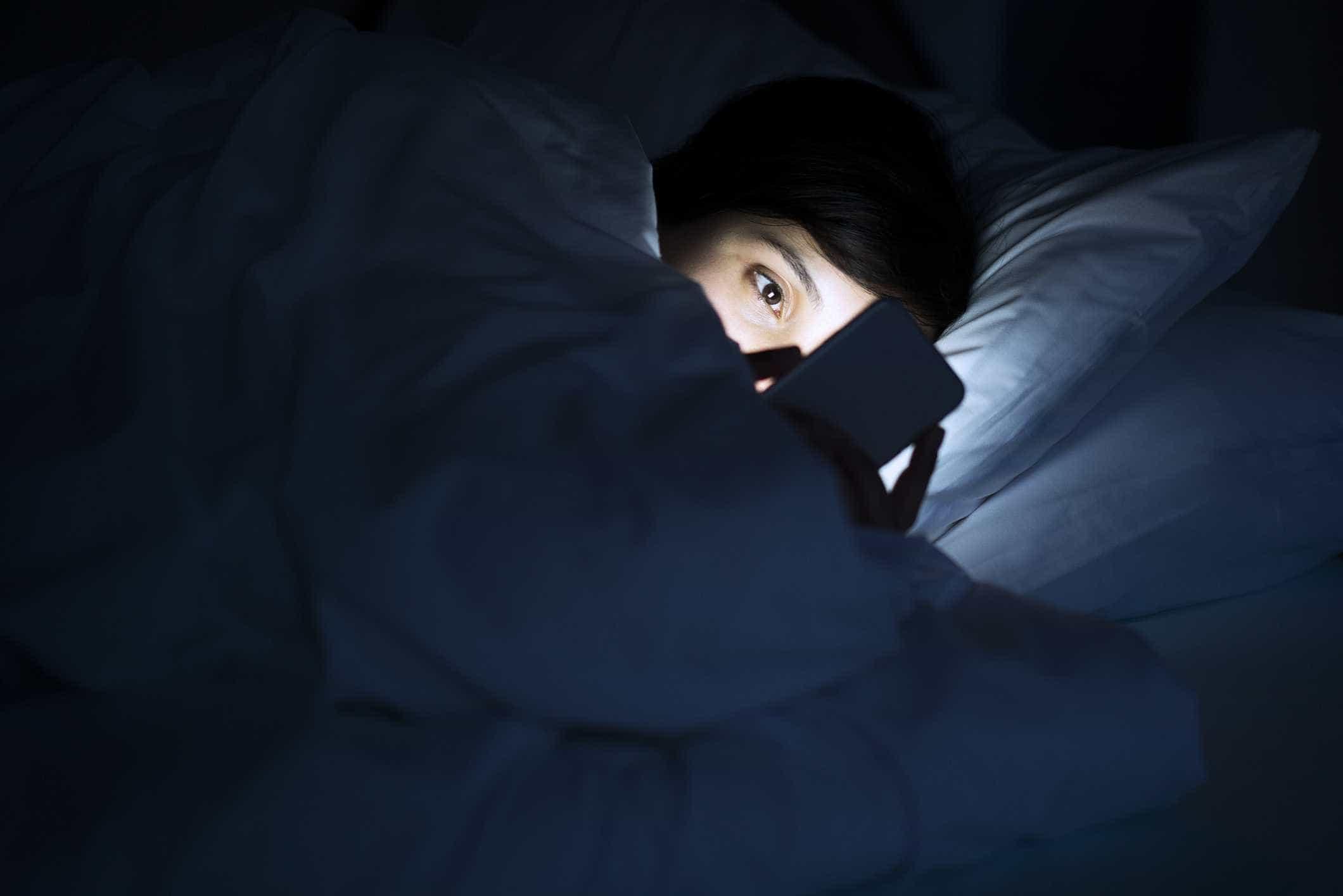 Ecrã do iPhone é demasiado brilhante? Tem de conhecer este truque