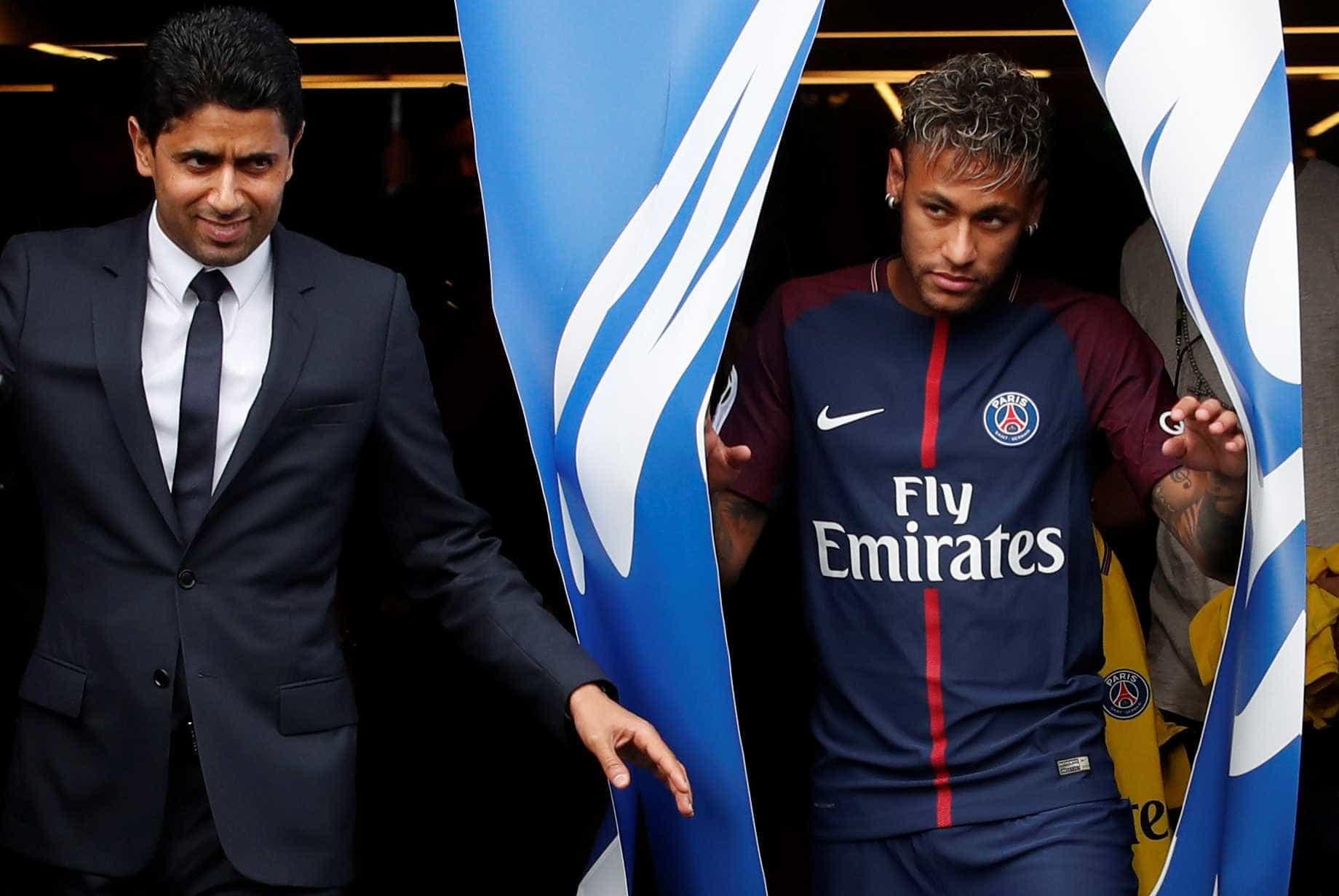 Neymar confronta presidente do PSG e exige continuidade de Dani Alves