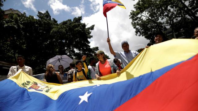 Jornalista sueca expulsa da Venezuela assim que aterrou em Caracas