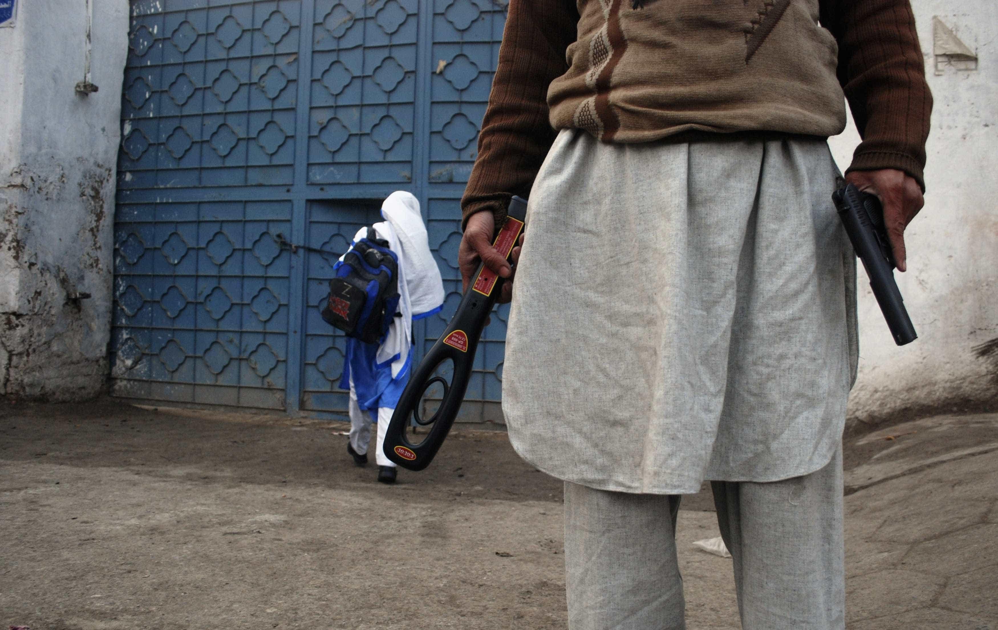 Talibãs anunciam início da ofensiva anual de primavera no Afeganistão