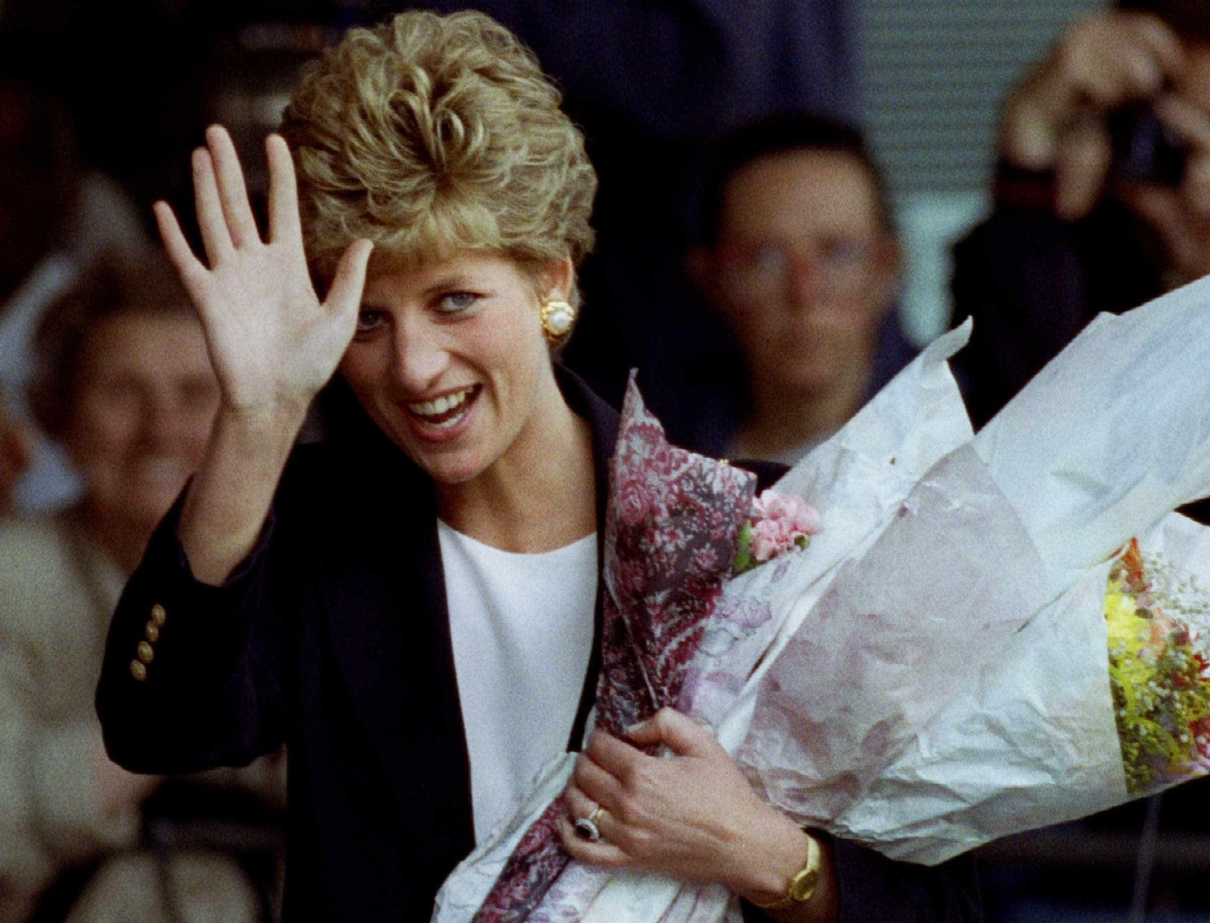Já se sabe quem dará vida a princesa Diana na série 'The Crown'