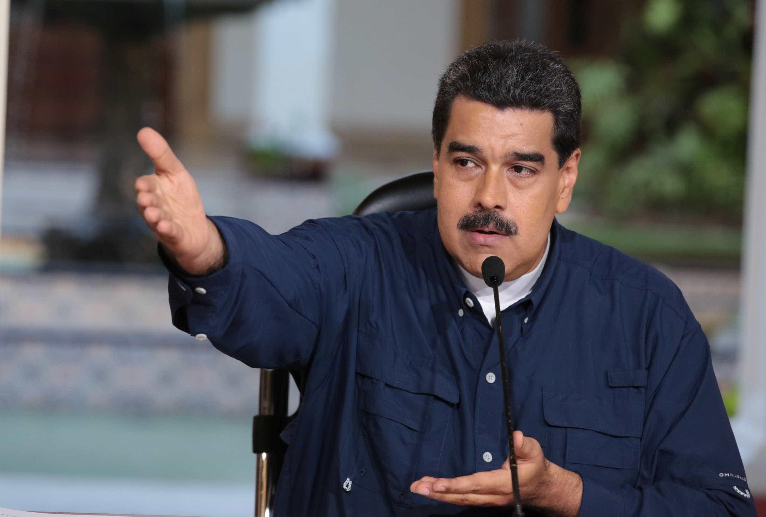 """Maduro condena sanções """"ilegais e imorais"""" dos EUA contra Banco Central"""