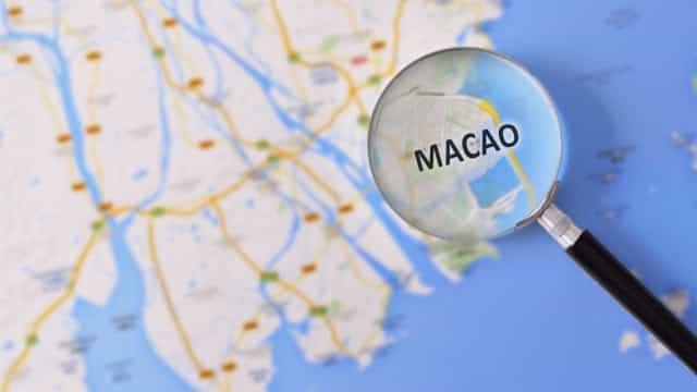 Aposta num ensino universitário em Macau de português e direito