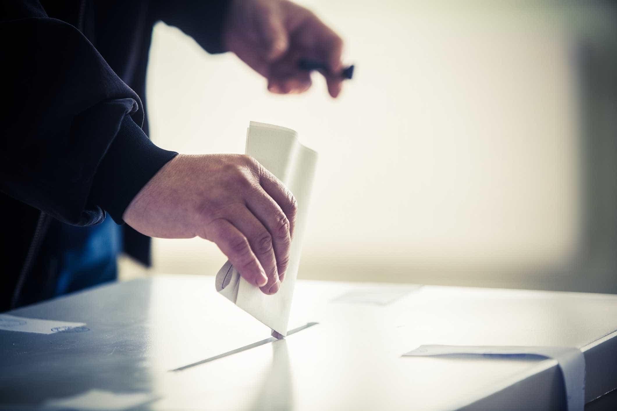 Europeias: Quase 15 mil pessoas votaram antecipadamente