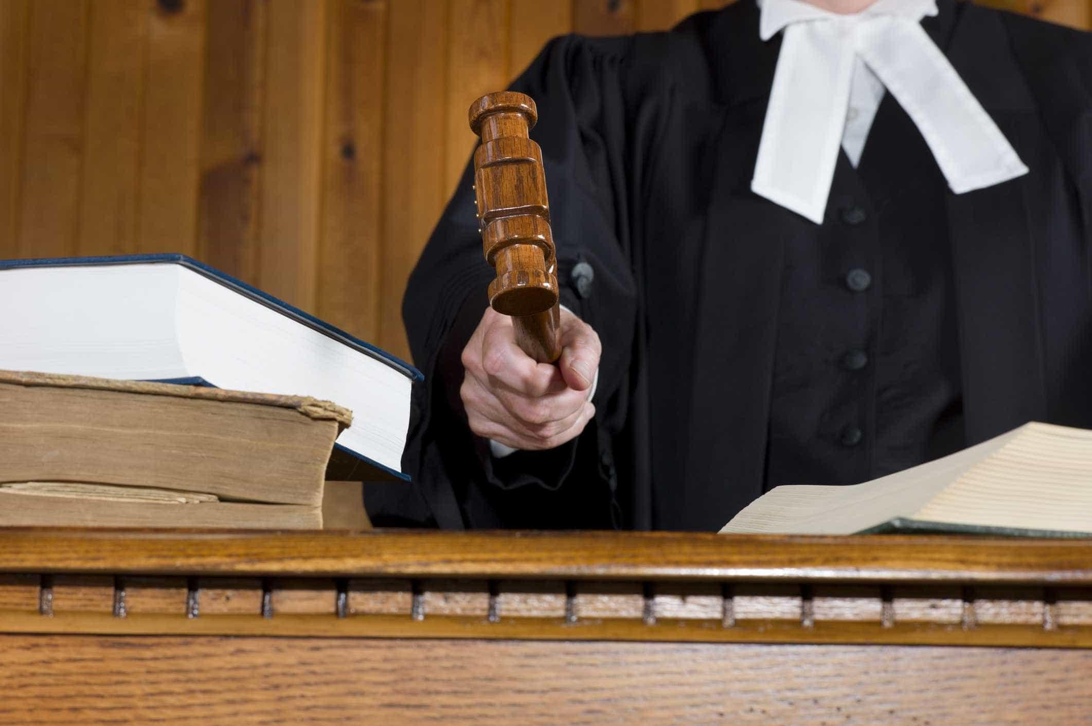 Adesão à greve parcial dos juízes rondou hoje os 76%