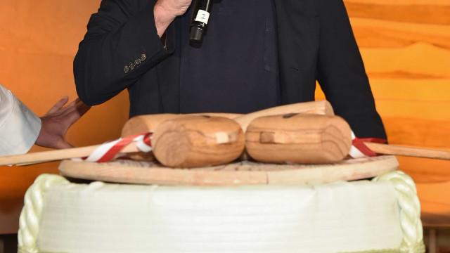 Pacote com explosivo enviado para restaurante de De Niro