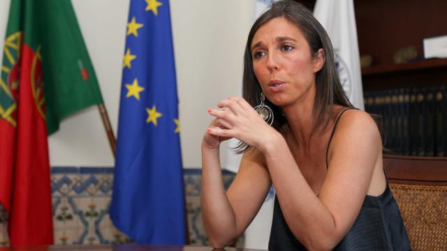 """Bastonária dos enfermeiros quer ministra afastada. """"Ataque à democracia"""""""