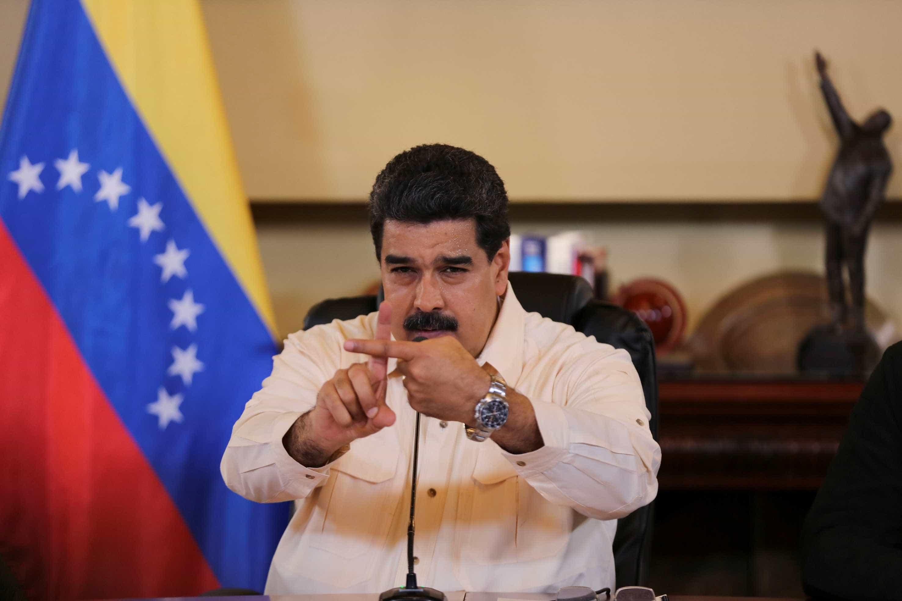 Caracas acusa EUA de ocuparem sedes diplomáticas à força