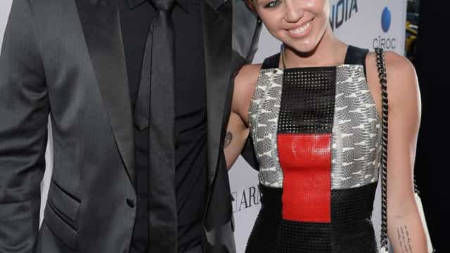 Miley Cyrus está satisfeita com tamanho de pénis de Liam Hemsworth