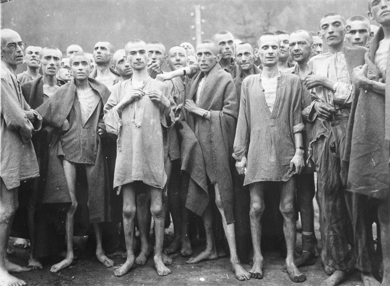 Seis vítimas não identificadas do Holocausto vão ser sepultadas