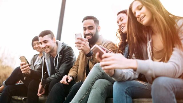 Jovens cada vez mais longe de atingir a classe média