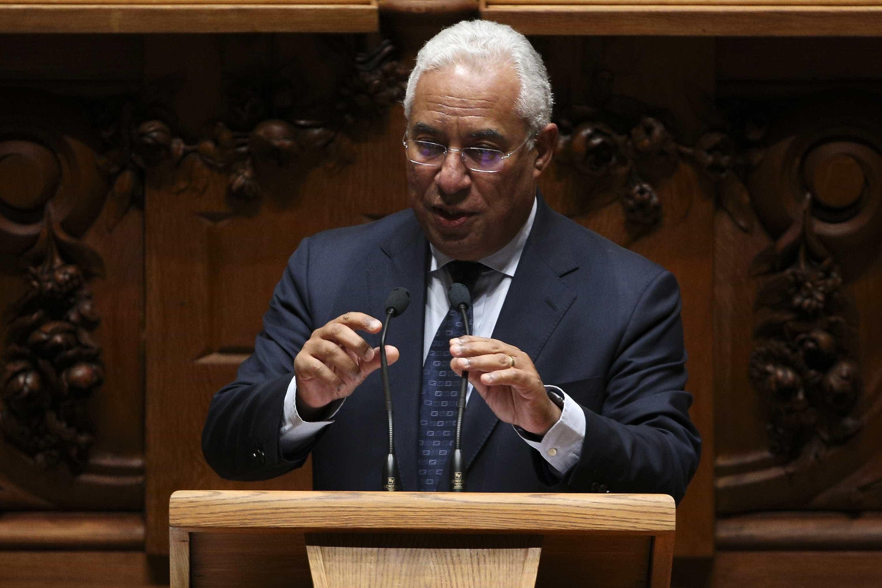 Costa escolhe economia e emprego para tema do debate quinzenal