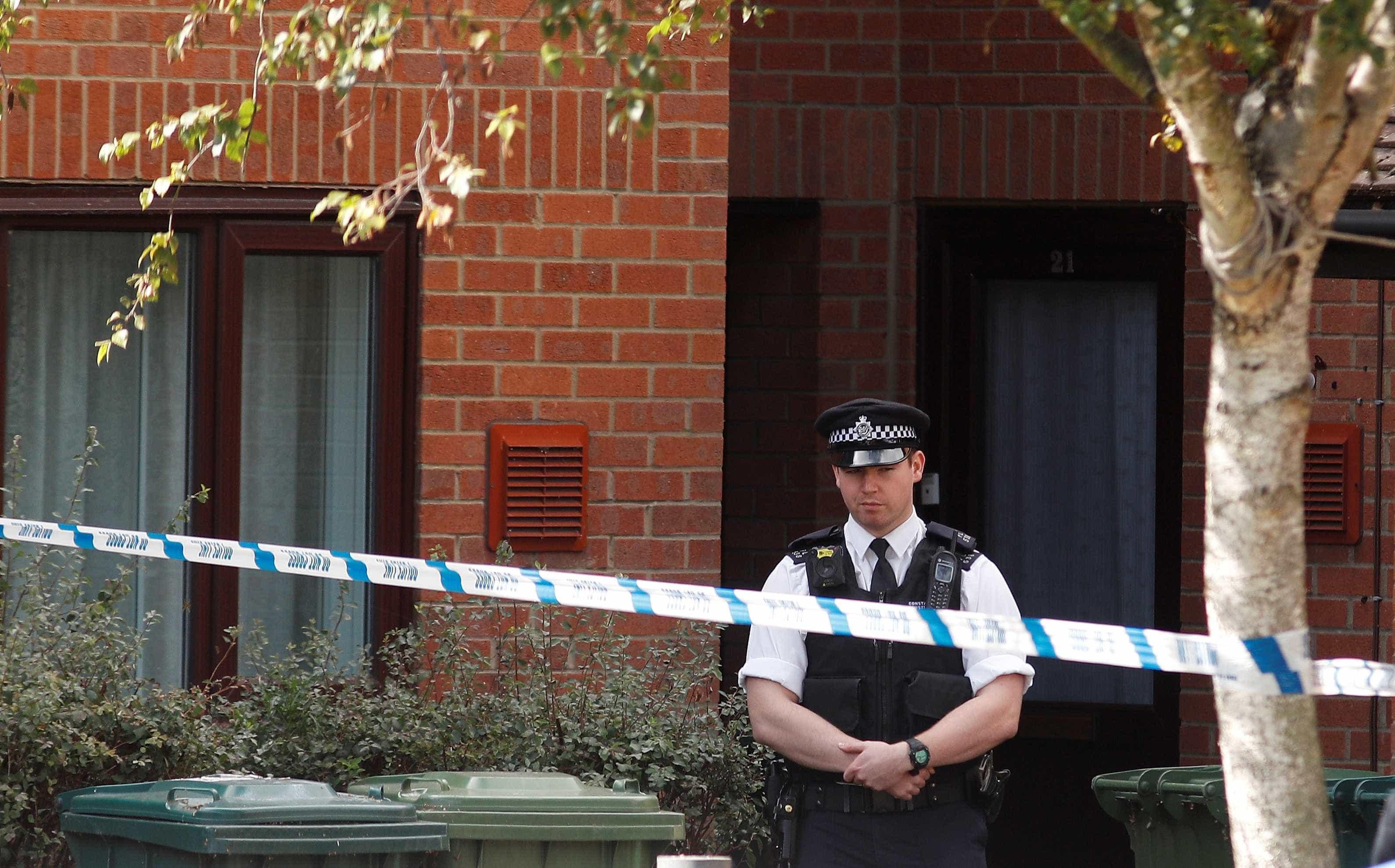 Octagenária suspeita de matar companheiro à facada no Reino Unido