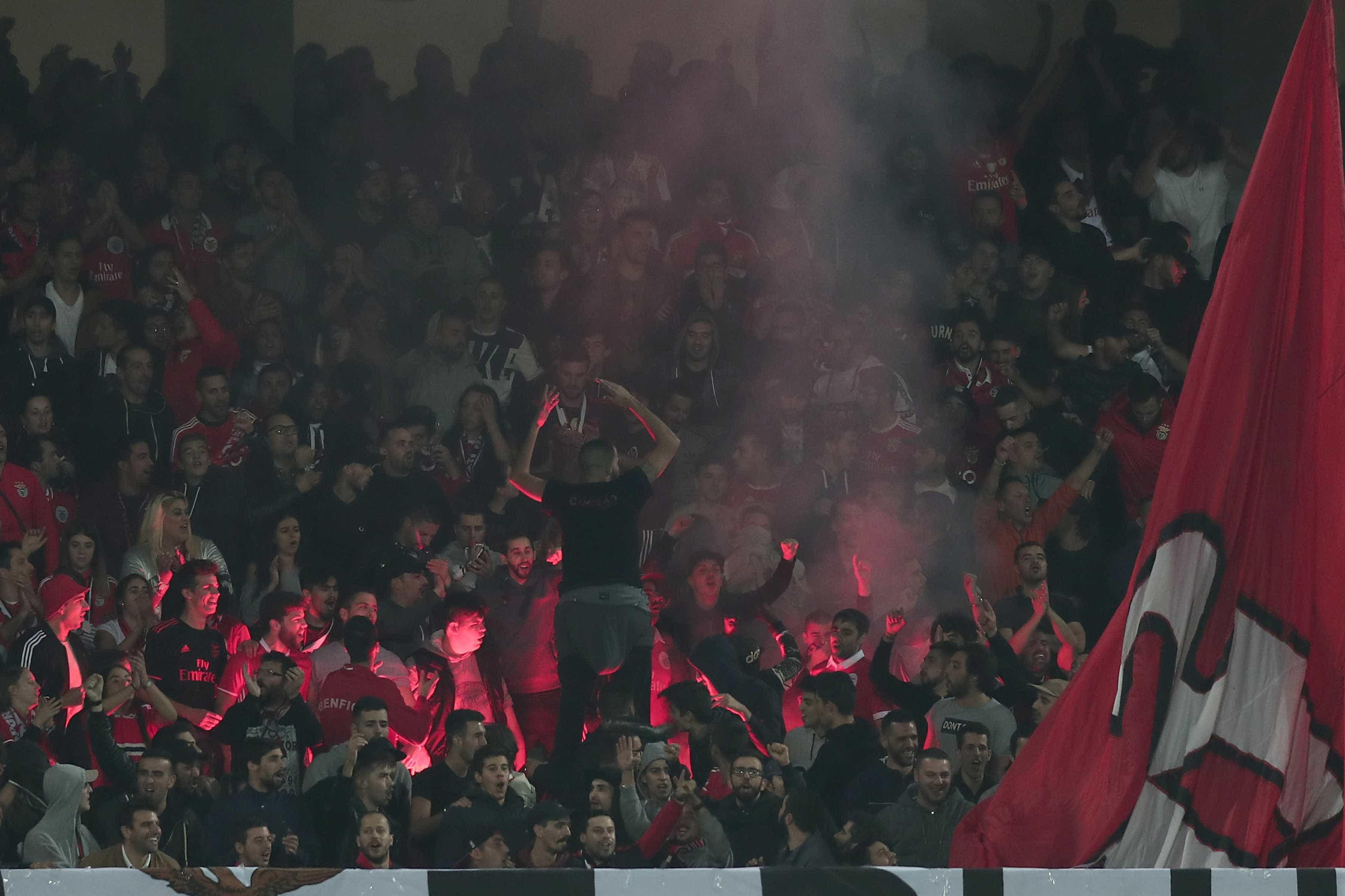 Diretor do jornal do Benfica ataca Jorge Andrade e 'ameaça-lhe' o filho
