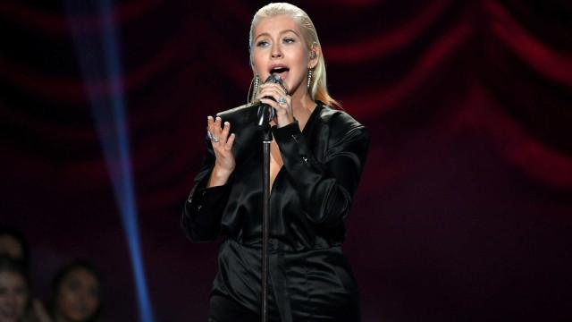 Christina Aguilera 'arrasada' e acusada de gordofobia