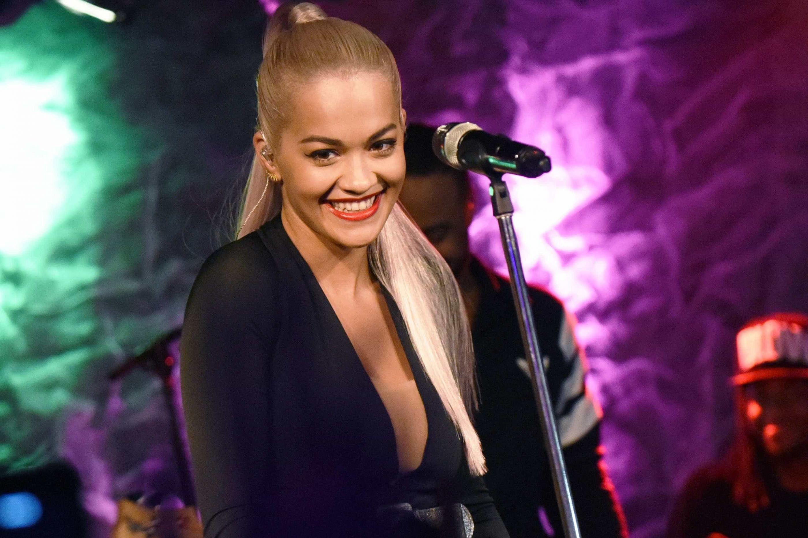 Rita Ora disfarçou-se de Post Malone e o resultado foi surpreendente