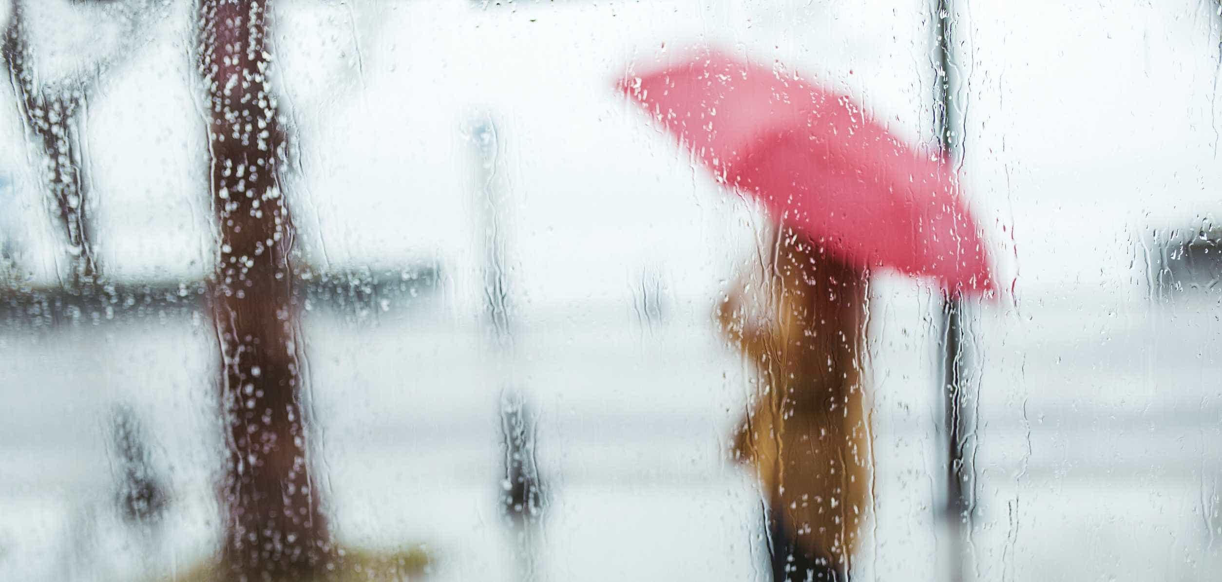 Chuva e vento é a 'ementa' para hoje. Emitido aviso para vários distritos