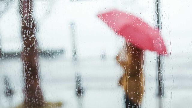Chuva está de volta e vem de mãos dadas com descida da temperatura