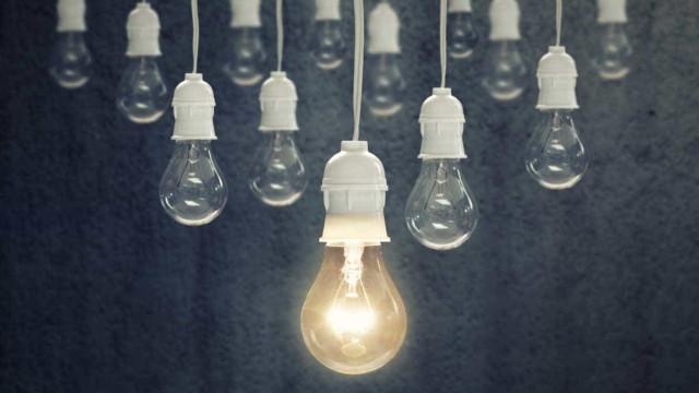 Tarifas da luz devem baixar 3,5% a partir de janeiro para as famílias