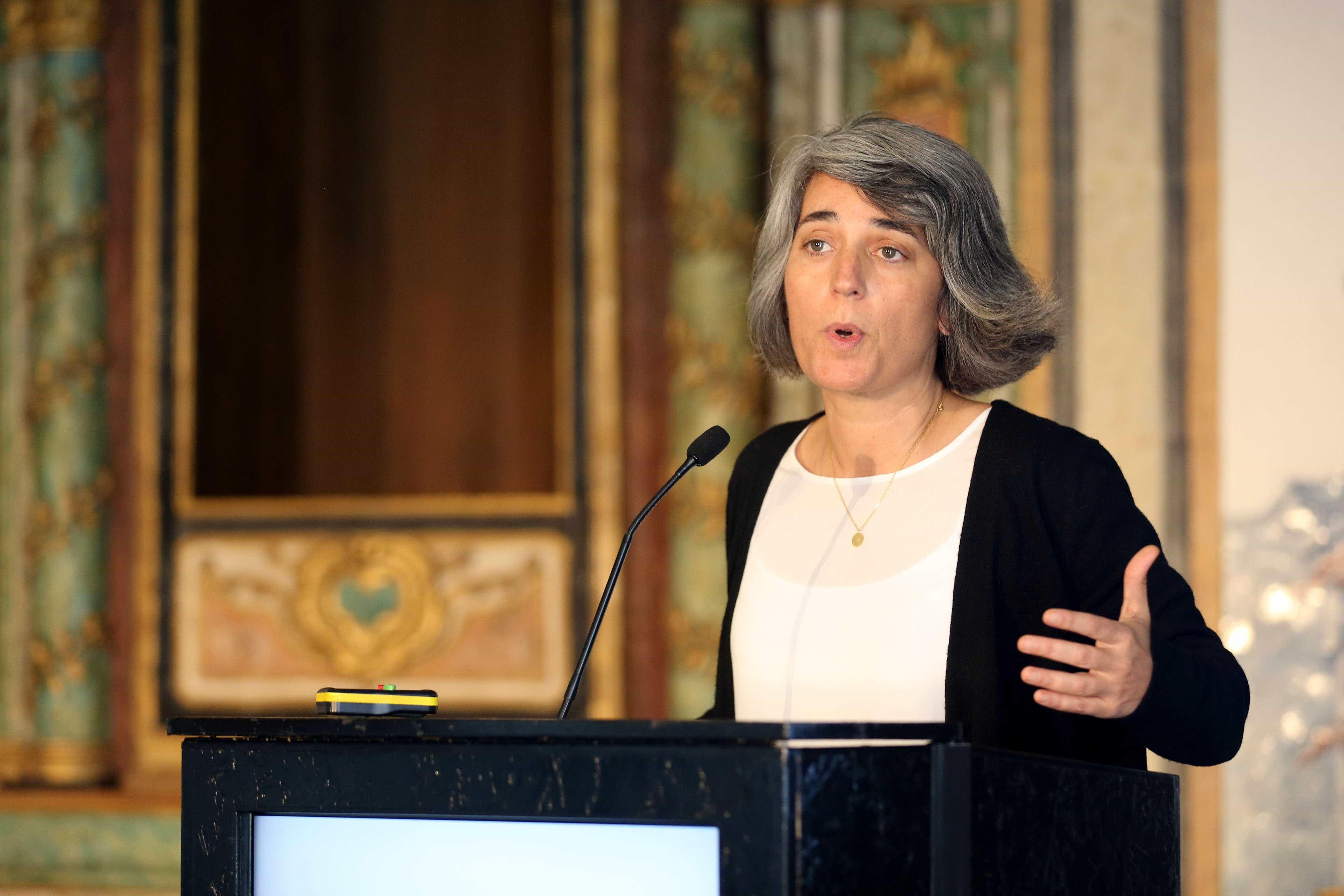 Museus vão vender lápis com versos de 12 poetas portugueses