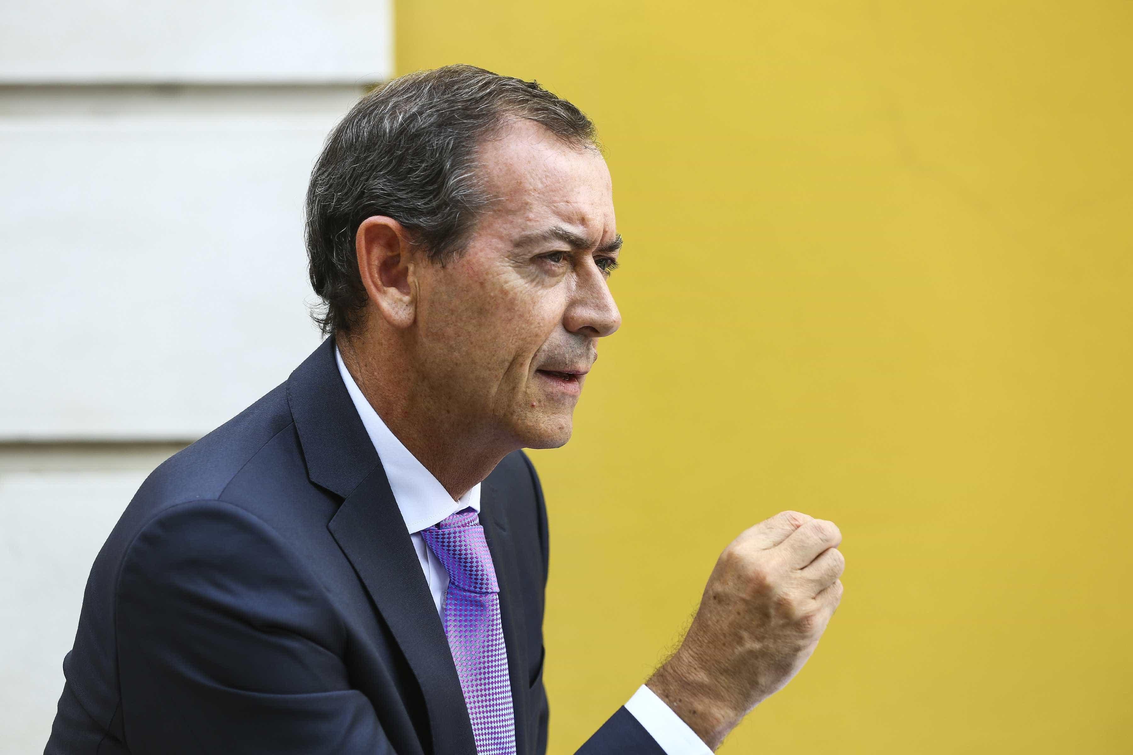"""Médicos querem reunião urgente com ministra após """"nível de desprezo"""""""