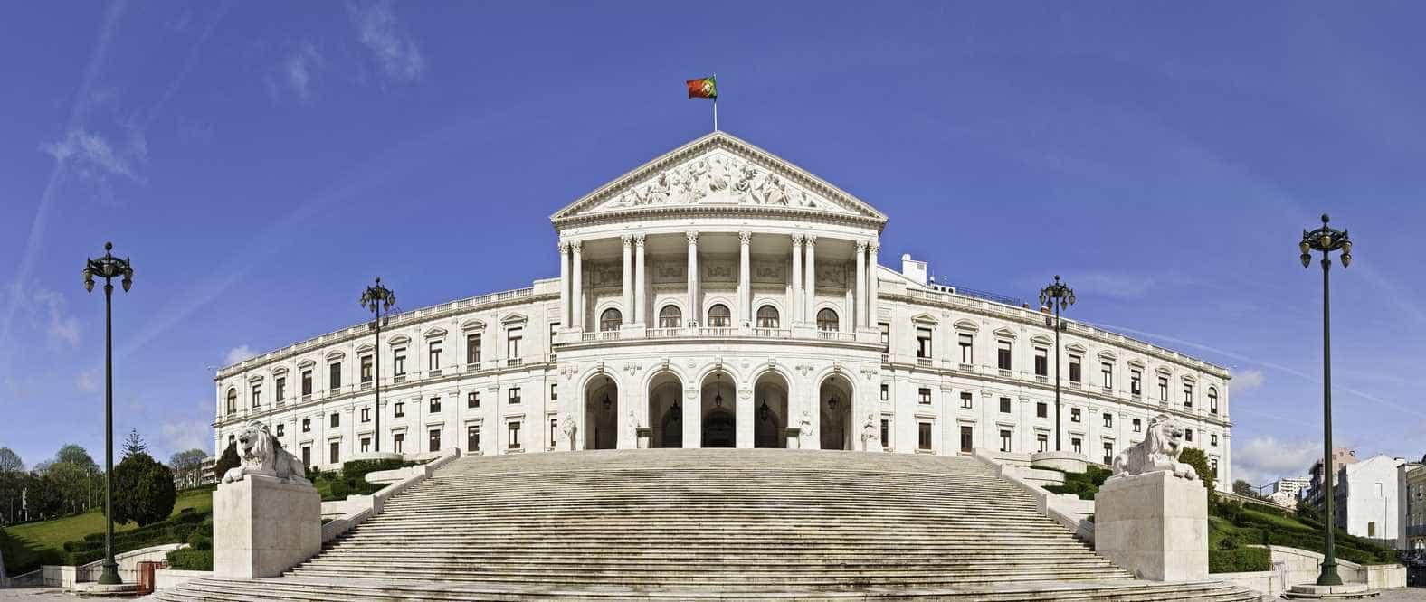 Proposta do Bloco para novo imposto sobre gigantes digitais criticada