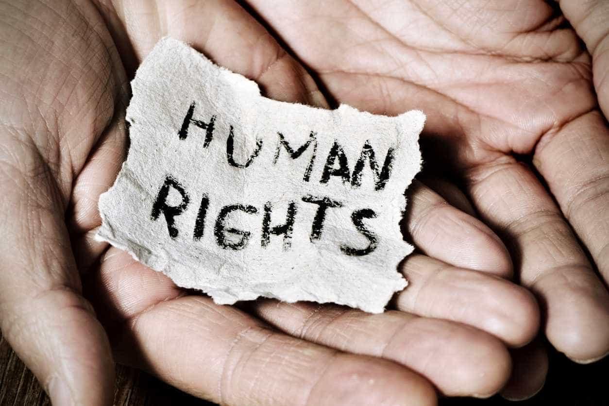 Direitos Humanos: 70 anos de vida, 30 artigos e uma música para cantá-los
