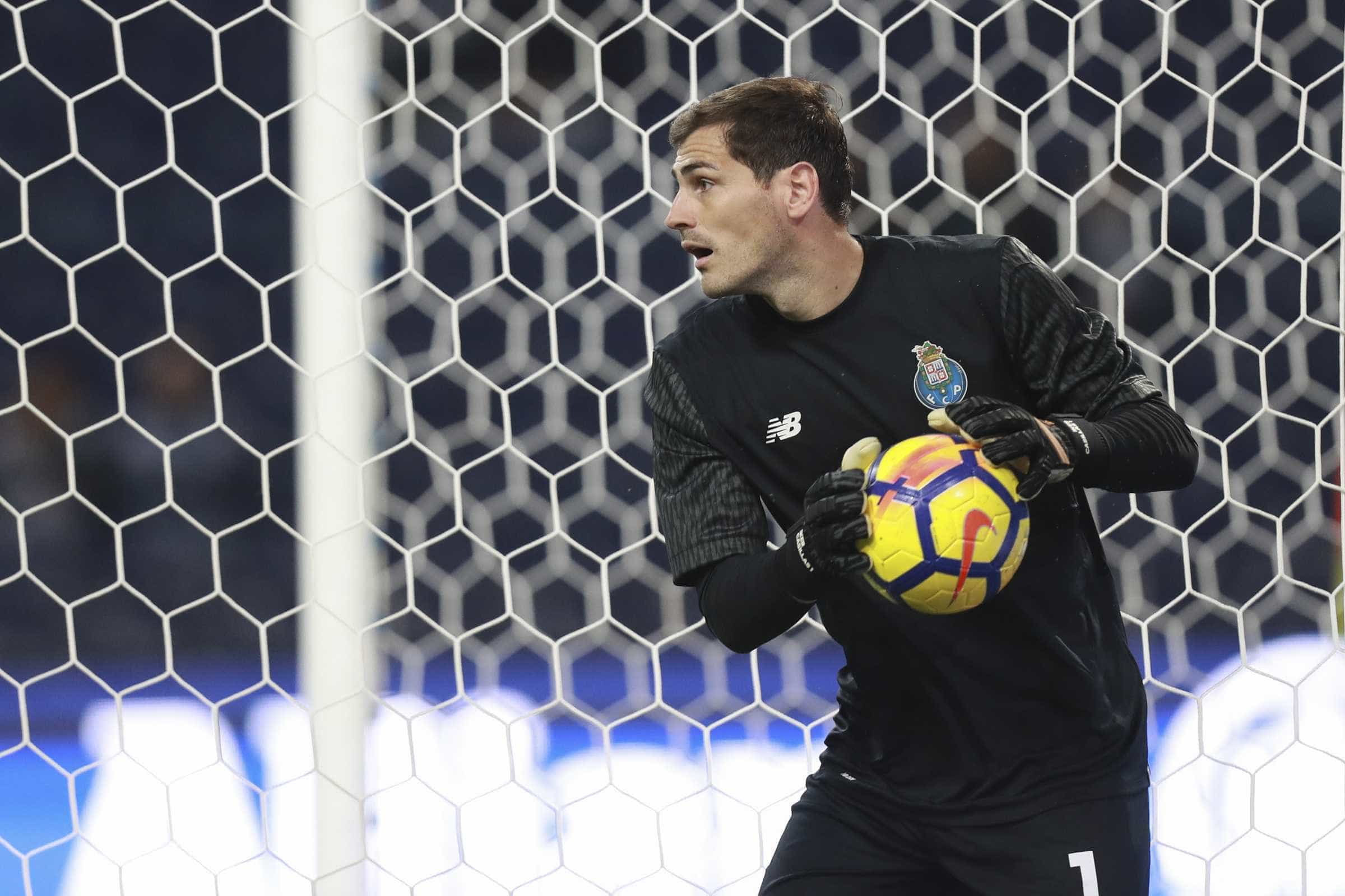 Casillas: As 'pisadas' de Buffon, o Liverpool e o jogo saboroso... na Luz