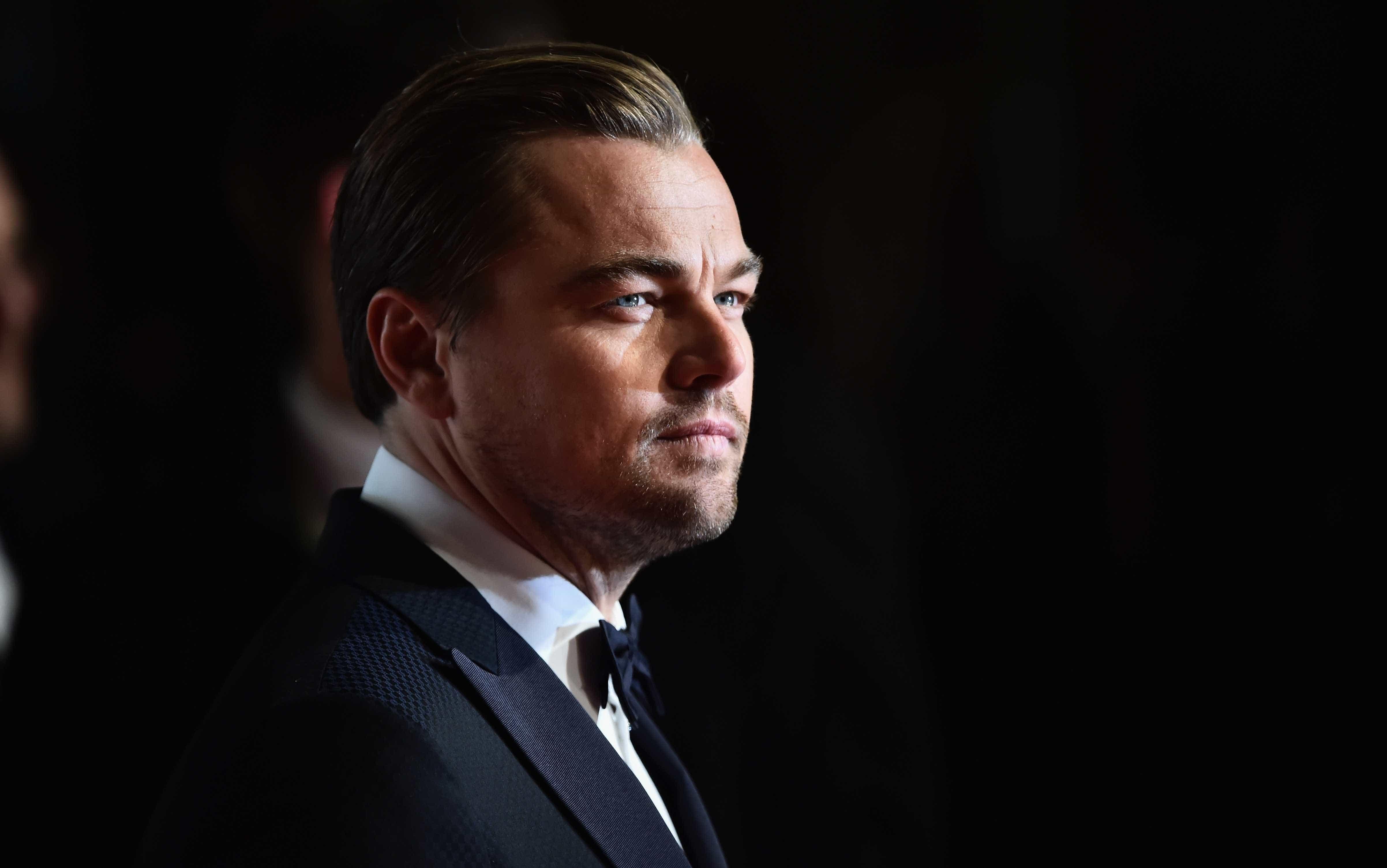 Leonardo DiCaprio chora a morte de Luke Perry